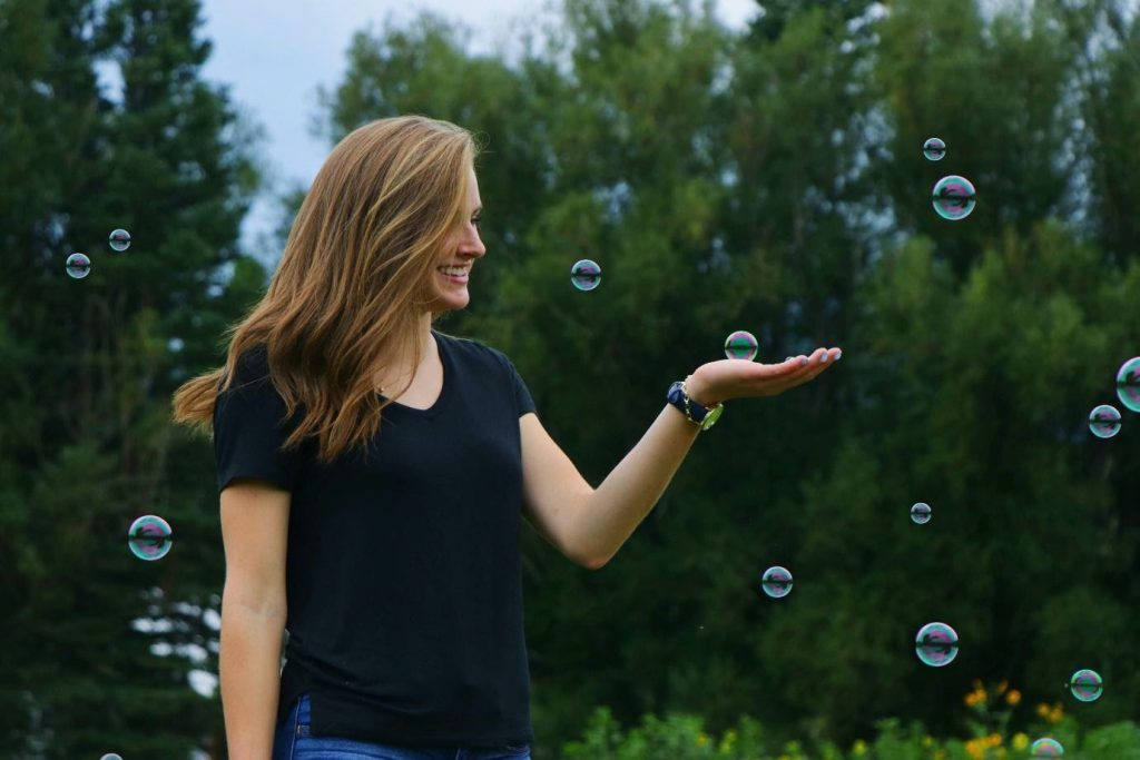 Lady with bubbles
